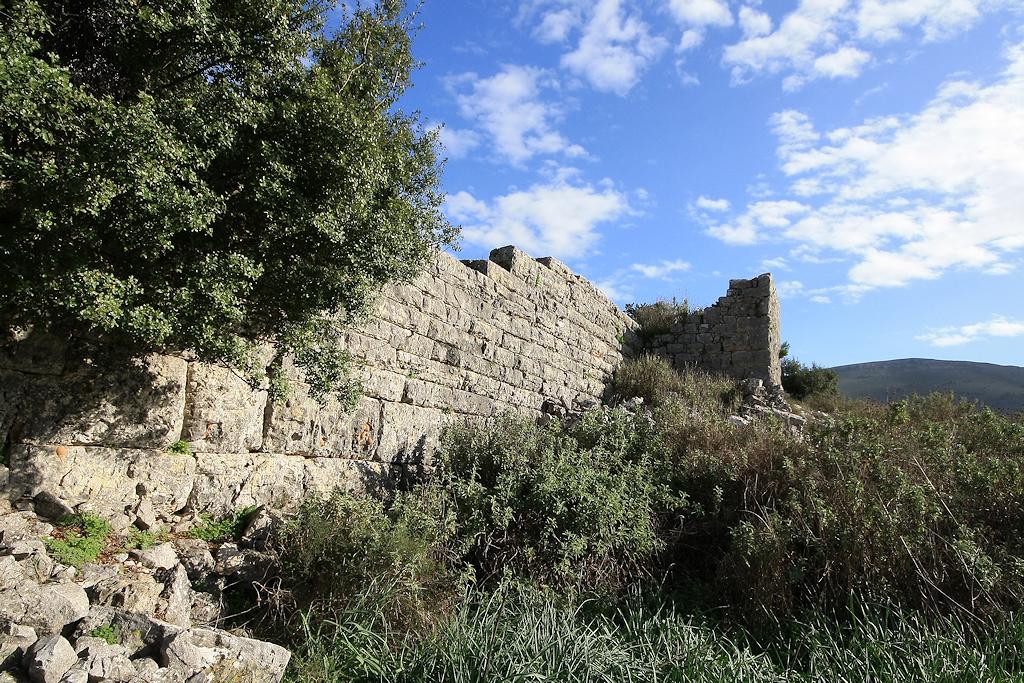 τείχος κάστρου Αμφιλοχία