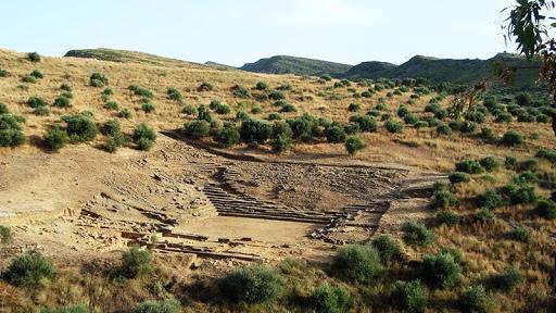 αρχαίο θέατρο αμφιλοχικό άργος