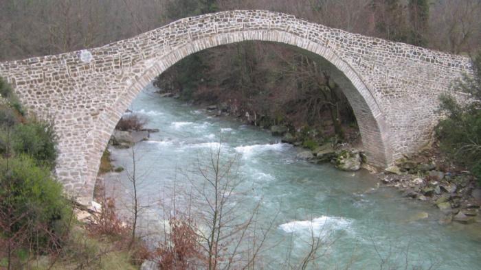 γέφυρα βέργας